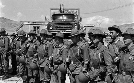 В Думе намерены пересмотреть официальную оценку ввода советских войск в Афганистан